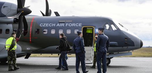 Vojenský speciál CASA.