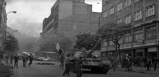 Ukázka z výstavy: Invaze Sovětských tanků v roce 1968.