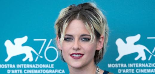 Princeznu Dianu ztvární herečka Kristen Stewart.