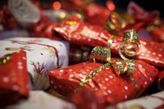 Většina Čechů kvůli pandemii méně utratí za Vánoce, vyplývá z průzkumu