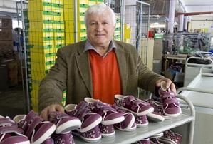 Alois Šůstek, majitel obuvnické firmy FARE.