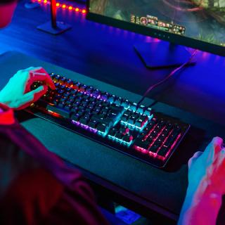 Niceboy ORYX K444 a K610 - kvalitní mechanické klávesnice za skvělou cenu