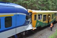Podle inspekce může za srážku vlaků u Perninku strojvedoucí