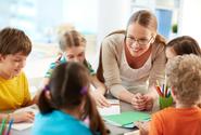 Platy učitelů asi ze zákona porostou na 130 procent průměrné mzdy