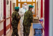 Armáda poslala vojáky na pomoc do dalších tří zařízení