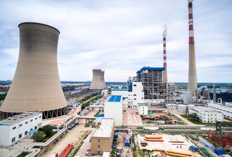 Za poškození věže elektrárny dostali aktivisté peněžité tresty