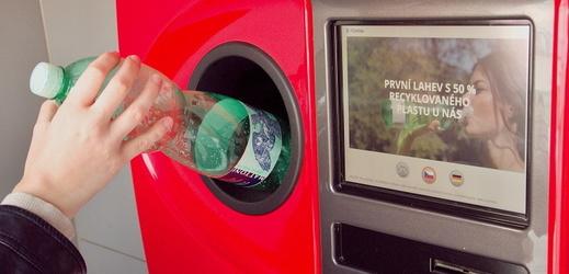 Živě: Návrh systému vratných záloh na nápojové obaly pro ČR podle studie EEIP