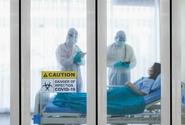 Česko má nejvíc těžkých případů koronaviru od začátku epidemie