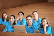 Vláda schválila pracovní povinnost studentů v nemocnicích