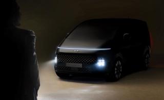 Hyundai Staria Premium exteriér.