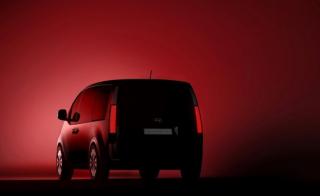 Hyundai Staria Premium celkový pohled.