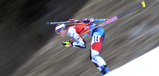 Česká biatlonistka Markéta Davidová v akci.