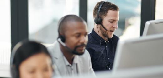 Jak vybrat call a kontaktní centrum Genesys Cloud.