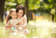 Nový program má pomoci chránit duševní zdraví matek i jejich dětí
