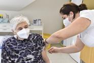 Stovky praktiků nedostaly pro pacienty žádnou vakcínu proti covidu-19