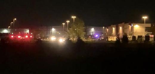 Fotografie z místa neštěstí v Indianapolis.