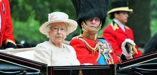 Královna Alžběta II. a její zesnulý manžel princ Philip.