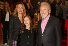 Charlotte Ella Gottová s rodiči.