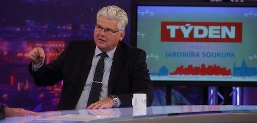 Moderátor pořadu Jaromír Soukup a ředitel nemocnice Motol Miloslav Ludvík (ČSSD).