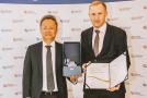 Ceněnou trofej ve středu 19. května převzal v reprezentačních prostorách Ministerstva průmyslu a obchodu České republiky prezident HMMC Cheolseung Baek