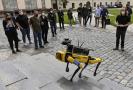 První čtyřnohý robot americké společnosti Boston Dynamics byl představen 25. května 2021 na tiskové konferenci Fakulty elektrotechnické ČVUT v Praze.