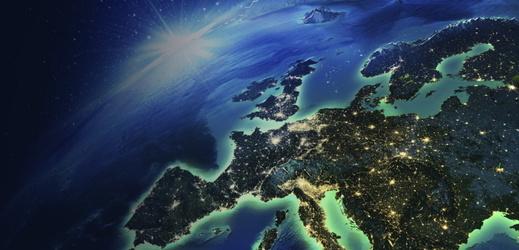 Živě: Jaké jsou šance upevnění partnerství Evropy a USA?