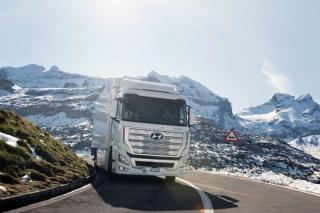 Flotila nákladních vozidel Hyundai XCIENT Fuel Cell s palivovými články překročila hranici jednoho milionu ujetých kilometrů.