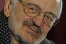 Ve věku 81 let zemřel 18. července 2021 při hudebním vystoupení v Bratislavě slovenský herec a komik Milan Lasica (na snímku z 1. prosince 2010), informoval s odkazem na vlastní zdroj deník SME.