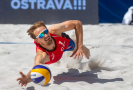 Plážový volejbalista Ondřej Perušič (na snímku z 5. června 2021) měl v Tokiu pozitivní test na koronavirus. Šestadvacetiletému reprezentantovi kvůli tomu hrozí, že přijde o start na olympijských hrách. V tiskové zprávě o tom informoval Český olympijský výbor (ČOV).