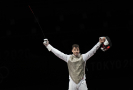 Šermíř Alexander Choupenitch získal na olympijských hrách v Tokiu historickou bronzovou medaili ve fleretu.