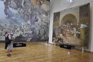 Slovanská epopej je od soboty opět k vidění na zámku v Moravském Krumlově
