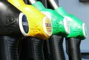 Zdražování pohonných hmot v Česku zastavilo, benzin zlevnil o 15 haléřů