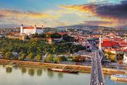 Bratislavu mají opět ochromit protesty odpůrců očkování