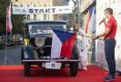 V pražské Opletalově ulici odstartoval 12. srpna 2021 závod historických automobilů 1000 mil československých, který se pojede přes Bratislavu.