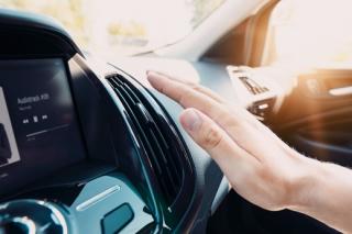 Klimatizace v autě.