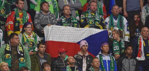 Fanoušci Karlových Varů (ilustrační foto).