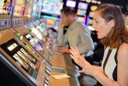 Sázkové firmy spustí nový software, který upozorní na rizikové chování hráčů