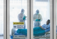 V neděli přibylo 182 případů koronaviru, v nemocnicích je 147 lidí s covidem