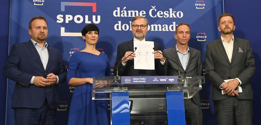 Představitelé koalic SPOLU a PirSTAN uzavřeli memorandum o společném sestavení vlády.
