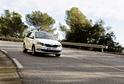 Škoda Auto musí na čas omezit nebo zcela zastavit výrobu vozů.
