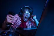 Výzkumníci chtějí lépe popsat přínosy a hrozby online her u vášnivých hráčů