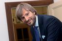 Ministr zdravotnictví Adam Vojtěch (za ANO).