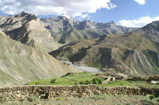 Sapi - údolí.
