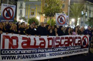 Demonstrace proti odpadkové krizi v Neapoli